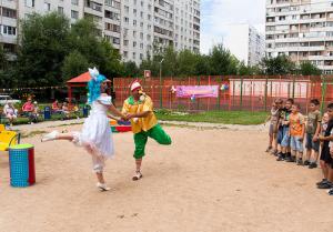 Дрессированный цирковой медведь покажет кучу цирковых номеров для детей в Москве или за МКАД не дорого цена