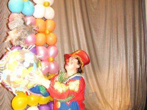 Петух на праздник в Москве